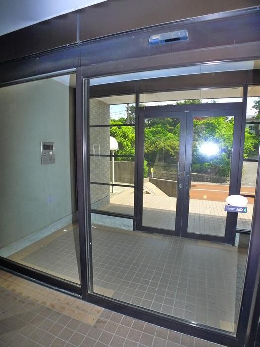 プリムローズ 4階の外観