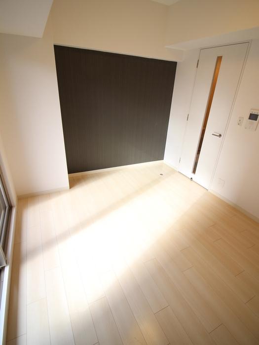 トレヴァンス梅田 2階の内装