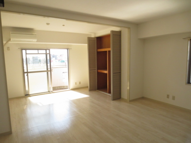 パルナス栄 7階の内装